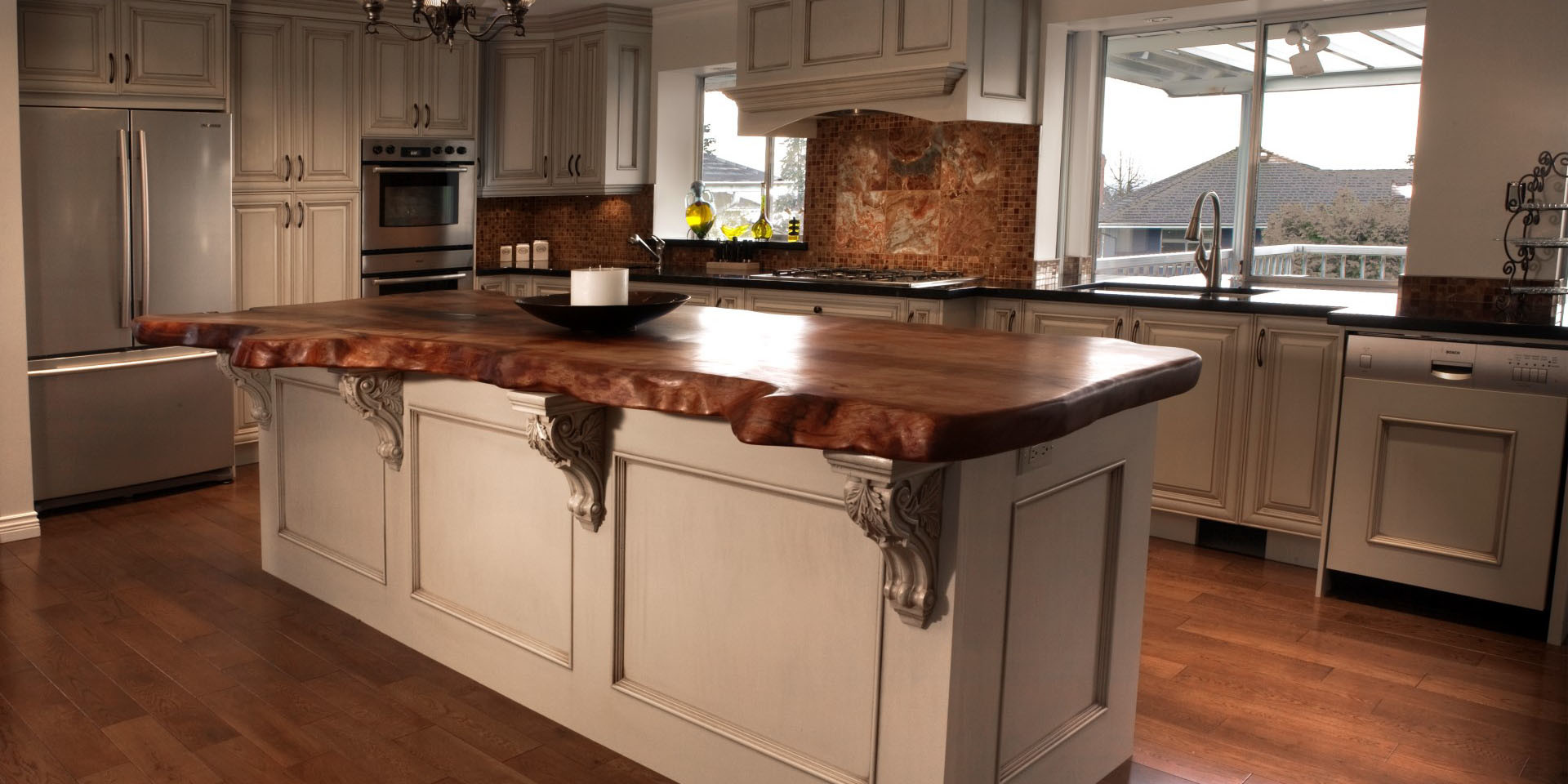 Beau Bojan High End Kitchens Inc |